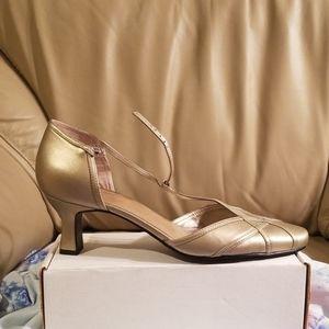 Liz Baker pewter dress shoes 11W